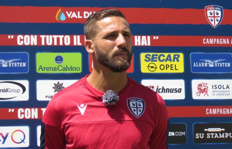 Leonardo Pavoletti in maglia Cagliari