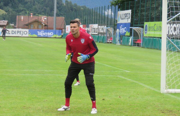 Rafael in allenamento con il Cagliari