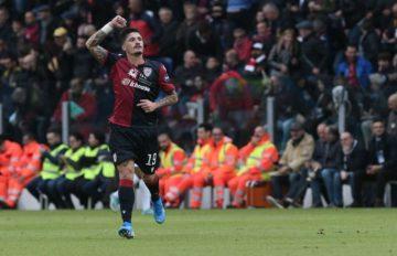 Fabio Pisacane esulta dopo il gol segnato - Foto Emanuele Perrone