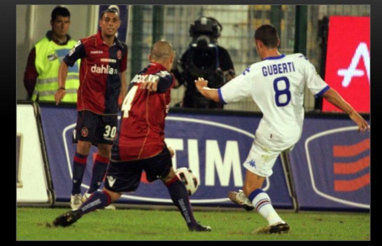 Una fase di gioco di Cagliari-Sampdoria