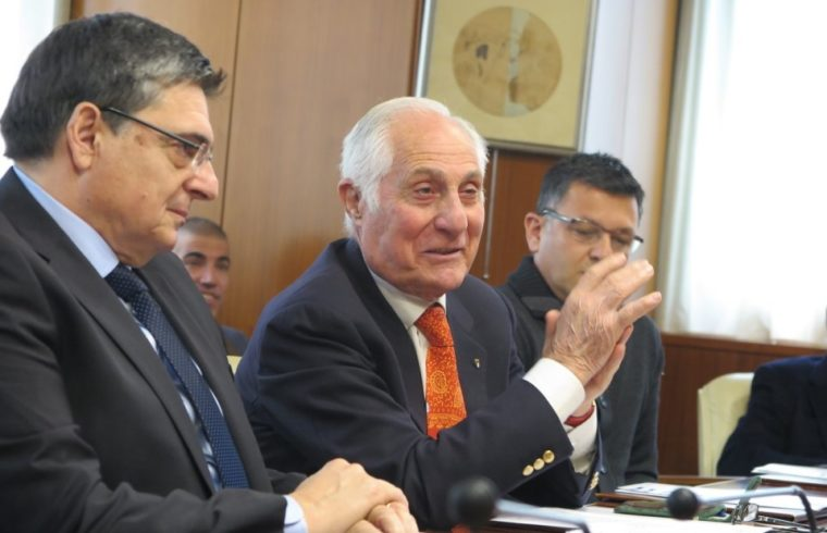 Gianfranco Fara, a destra, insieme a Gianfranco Ganau, ex presidente del Consiglio Regionale
