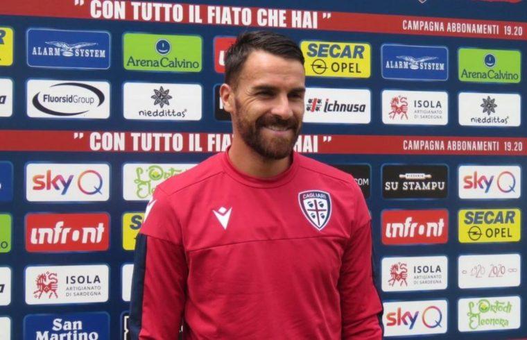 Cigarini in ritiro con il Cagliari