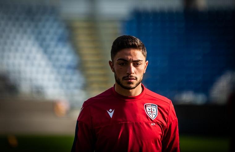 Aly Nader con la maglia del Cagliari