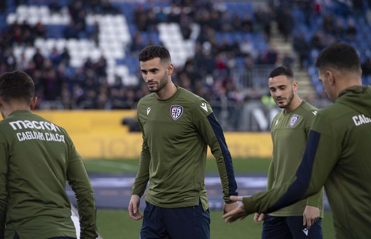 Pereiro con la maglia del Cagliari