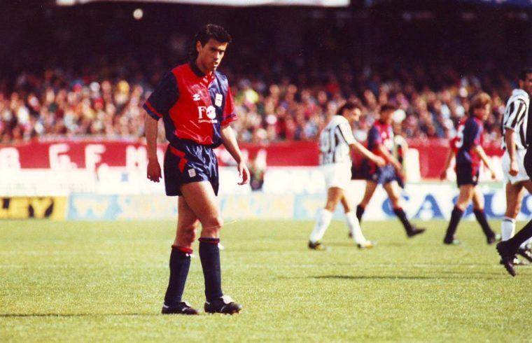 Daniel Fonseca con la maglia del Cagliari