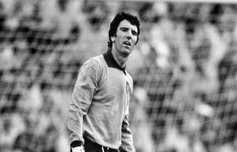 Dino Zoff con la maglia della Nazionale