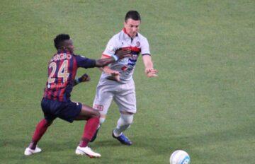 Emerson contro Kargbo in Reggio Audace-Potenza | Foto Potenza calcio