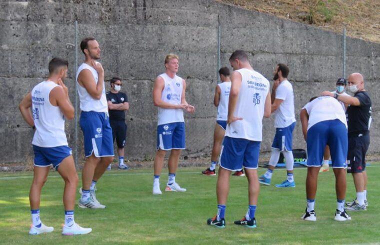 La Dinamo durante gli allenamenti ad Aritzo
