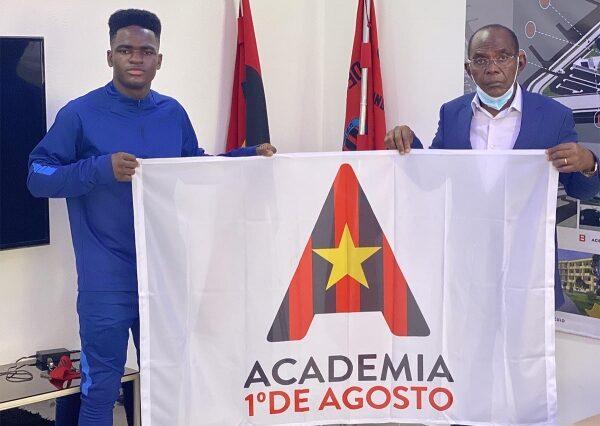 Zito Luvumbo saluta la sua vecchia società in Angola