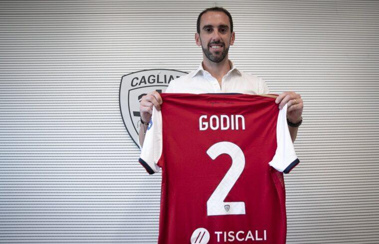 Diego Godin con la sua nuova maglia | Foto Cagliari Calcio