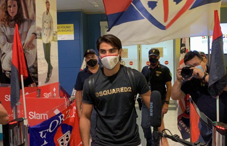Riccardo Sottil all'arrivo di Cagliari Elmas