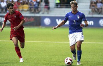 Alessandro Tripaldelli con la maglia della nazionale