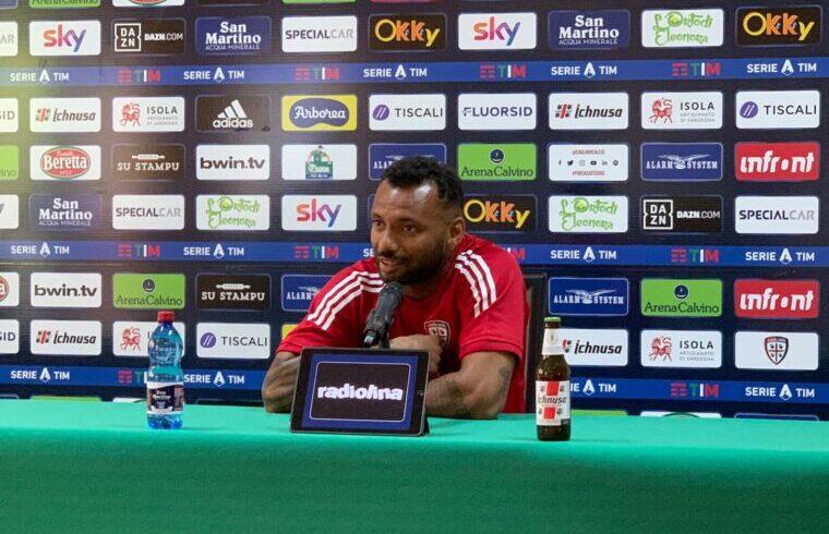 Joao Pedro in conferenza stampa ad Aritzo