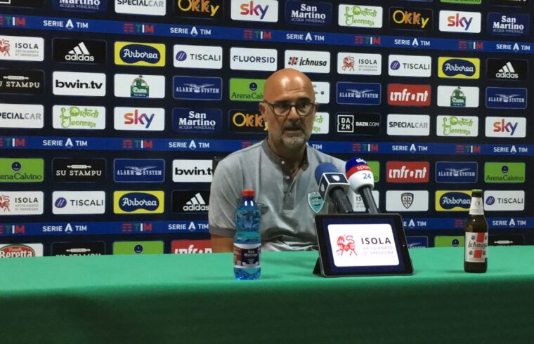 Max Canzi in conferenza stampa