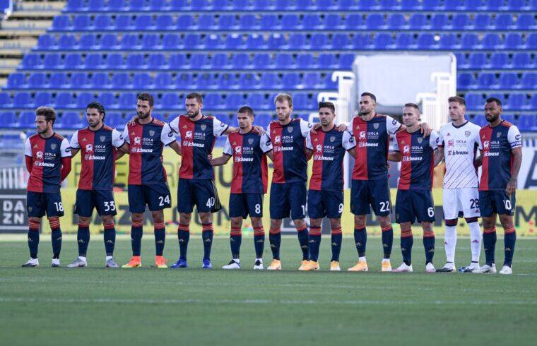 Il Cagliari sceso in campo con la Lazio
