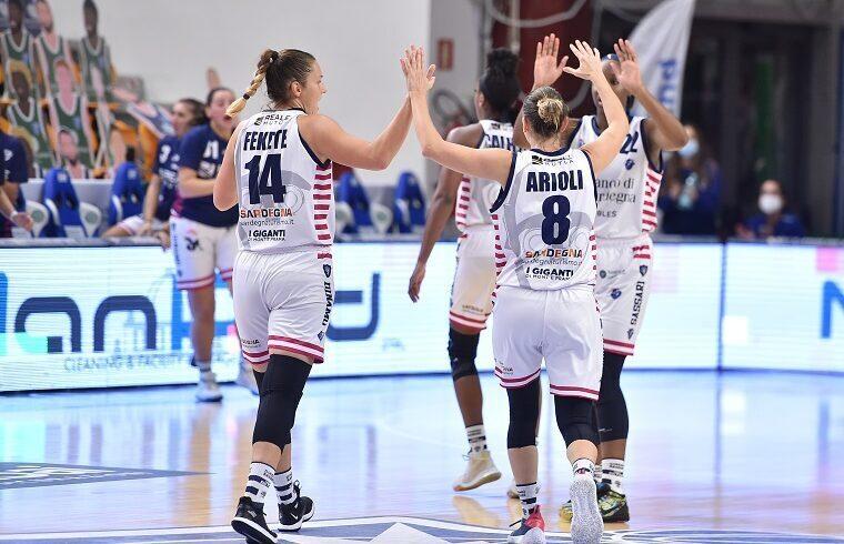 Gioia per la Dinamo Sassari | Foto Luigi Canu