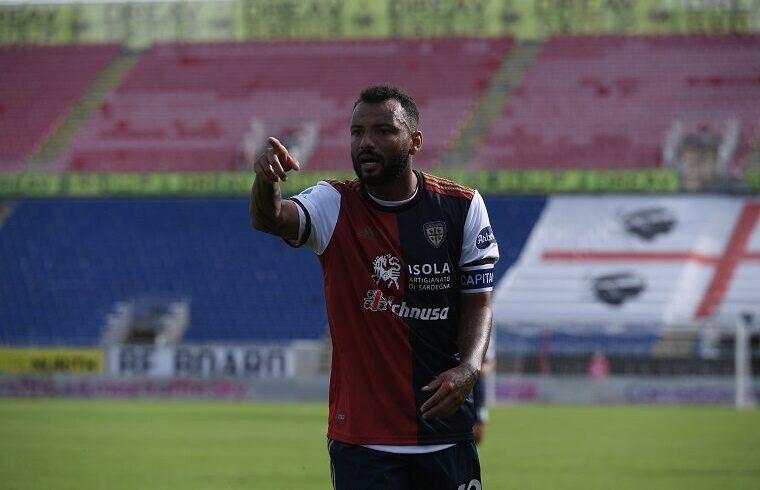 Joao Pedro esulta dopo un gol al Crotone | Foto Emanuele Perrone