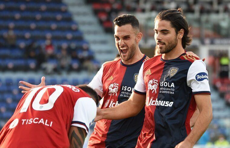 Esultanza Lykogiannis in maglia Cagliari