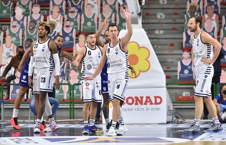 Dinamo sconfitta da Brindisi | Foto Luigi Canu