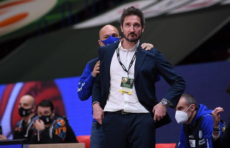 Stefano Sardara e Gianmarco Pozzecco alla FInal Eight | Foto Luigi Canu