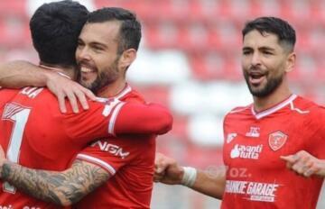 Salvatore Burrai festeggia dopo il gol   Foto Perugia - 7oz