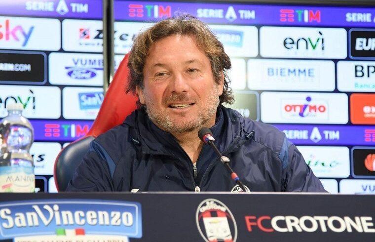 Giovanni Stroppa in conferenza | Foto FC Crotone