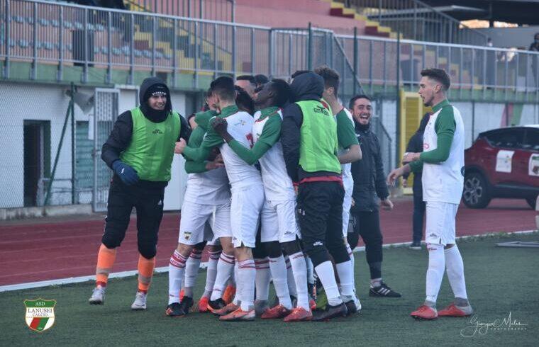 Il Lanusei esulta dopo un gol | Foto Giorgio Melis - Lanusei Calcio