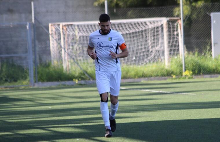 Satta capitano del Muravera | Foto Muravera Calcio
